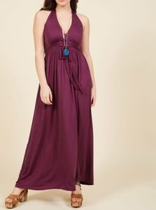 Getaway glamour maxi dress in berry